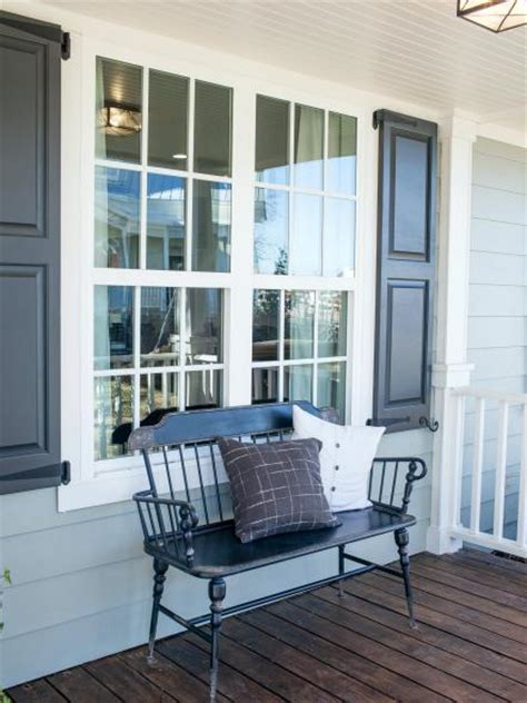 Fixer Upper: The Carriage House at The Magnolia B&B | HGTV