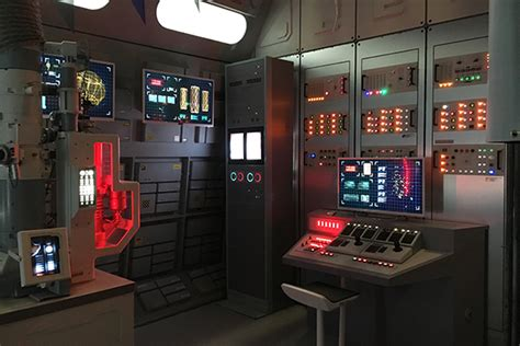 Sets | Series XI | Guide | Red Dwarf - The Official Website